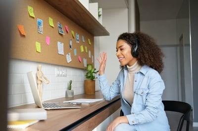 woman on virtual meeting